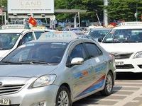 Nhiều bất cập trong quản lý và vận hành dịch vụ xe taxi