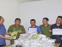 Bắt 3 đối tượng vận chuyển 50kg ma túy đá tại Điện Biên