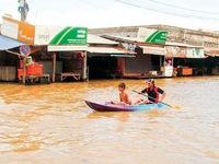 16 người chết vì lũ lụt ở Campuchia