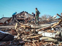 At least 6 dead after 6,5-manitude earthquake hits Indonesia