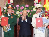 Senior public security, defense officers receive General rank