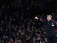 Trophies more important for Man United than top four, says Solskjaer