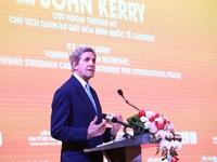 Vietnam-US enhance cooperation on renewable energy