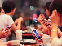 Young Vietnamese face challenges in the digital age