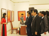 Hai Phong exhibition marks 75th anniversary of Vietnamese People's Army