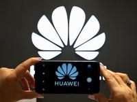 Sau Apple, Huawei cũng đang cân nhắc bán smartphone không kèm sạc