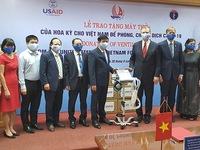 US donates 100 brand-new ventilators to aid Vietnam's COVID-19 response