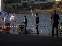 Hơn 2.600  người dicư 'đổ bộ', đảo Gran Canaria quá tải nghiêm trọng