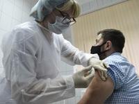 Nga và Hungary tổ chức sản xuất vaccine Sputnik V
