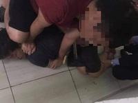 Nam thanh niên nghi ngáo đá cầm dao sát hại mẹ ruột
