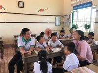 Chương trình 'Đồng hành cùng giáo viên vượt khó': Tri ân, tiếp thêm sức mạnh cho các thầy, cô giáo