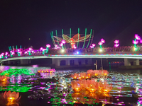 Ninh Kieu flower garland and colored lantern festival launched