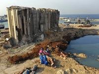Thủ tướng và 3 cựu Bộ trưởng Lebanon bị buộc tội về vụ nổ cảng Beirut