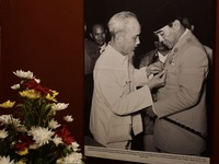 Photo exhibition celebrates 65th anniversary of Vietnam – Indonesia diplomatic ties