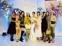 Phanh Lee, Huyền Lizzie nô nức dự đám cưới Thu Hoài trong giá rét