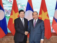 Lao PM visits Vietnam, co-chairs inter-governmental committee's session