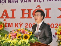 Vietnamese writers' association urged to continue safeguarding traditional values