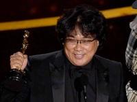 """Oscar 2020: """"Ký sinh trùng"""" trở thành phim Hàn Quốc đầu tiên giành giải Phim quốc tế xuất sắc"""