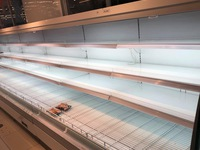 Lo sợ dịch Corona, nhiều người tích trữ thực phẩm