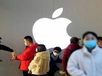 Các cửa hàng tại Trung Quốc mở cửa lại sau gần 2 tháng
