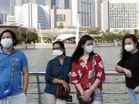 Singapore yêu cầu người dân đeo khẩu trang nơi công cộng