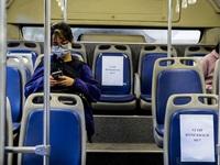 Xe bus Hà Nội đánh số ghế so le để hành khách ngồi đúng khoảng cách