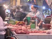 Vì sao thịt lợn 'hạ nhiệt' nhưng chưa chạm mốc kỳ vọng của người tiêu dùng?