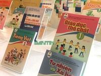 Chọn sách giáo khoa lớp 1: Để thuận lợi cho giáo viên hay vì ích lợi cho học sinh?