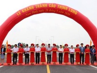 Thinh Long Bridge in Nam Dinh province opens to traffic