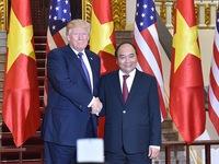 Điện đàm với Thủ tướng Nguyễn Xuân Phúc, Tổng thống Donald Trump đánh giá cao năng lực ứng phó dịch COVID-19 của Việt Nam