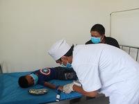 Bắt đầu tiêm vaccine phòng bệnh bạch hầu cho những người trong vùng dịch ở Đắk Nông