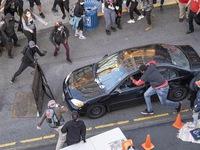 Bắt đối tượng lao xe và nổ súng vào người biểu tình ở Mỹ