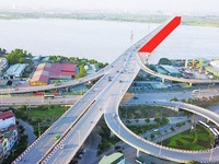 Hanoi to commence building of Vinh Tuy Bridge's second phase in 2020