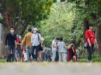 Từ 5/11, Hà Nội lập đoàn kiểm tra việc đeo khẩu trang tại các quận huyện