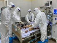 Bệnh nhân COVID-19 nặng tiến triển tốt - động lực 'chiến đấu' của các y bác sĩ