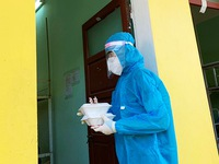 Youth volunteers combat COVID-19 in concentrated quarantine sites in Da Nang