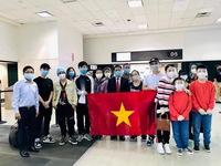 Tiếp tục đưa 350 công dân Việt Nam từ Mỹ về nước