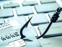 Cảnh giác với tội phạm lừa đảo trên mạng xã hội