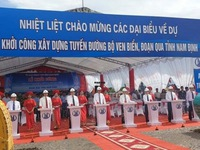 Work starts on VND2.6 trillion coastal road through Nam Dinh