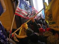 Nguy cơ bạo lực tiếp tục đe dọa ngày nhậm chức của Tổng thống đắc cử Mỹ