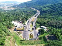 Vietnam inaugurates second Hai Van mountain tunnel