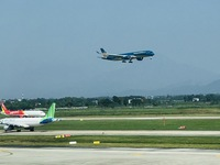 Hanoi strengthens preventive measures at Noi Bai airport