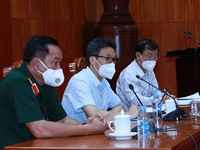 Tien Giang asked to enhance testing efficiency in COVID-19 battle