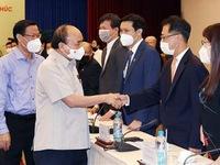 President lauds entrepreneurs' efforts to move forward