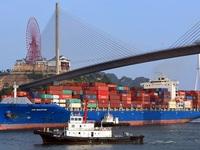 Vietnam records US$1.3 billion trade surplus in January