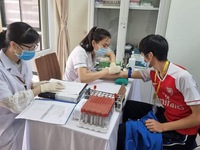 6 first volunteers to receive COVIVAC trial shot