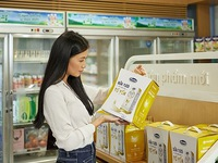 Vinamilk enters Singaporean market with high-class product
