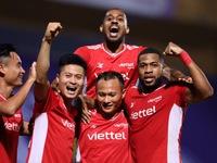 TRỰC TIẾP BÓNG ĐÁ CLB Hà Nội 0-1 CLB Viettel: Trọng Hoàng mở tỉ số (H.1)