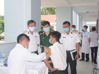 Tiêm hơn 1.500 liều vaccine phòng COVID-19 cho lực lượng phòng chống dịch trên biển Tây Nam