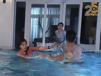 Hương vị tình thân - Tập 19: Long gạ Nam bơi, bà Dần lao xuống bể đánh tới tấp